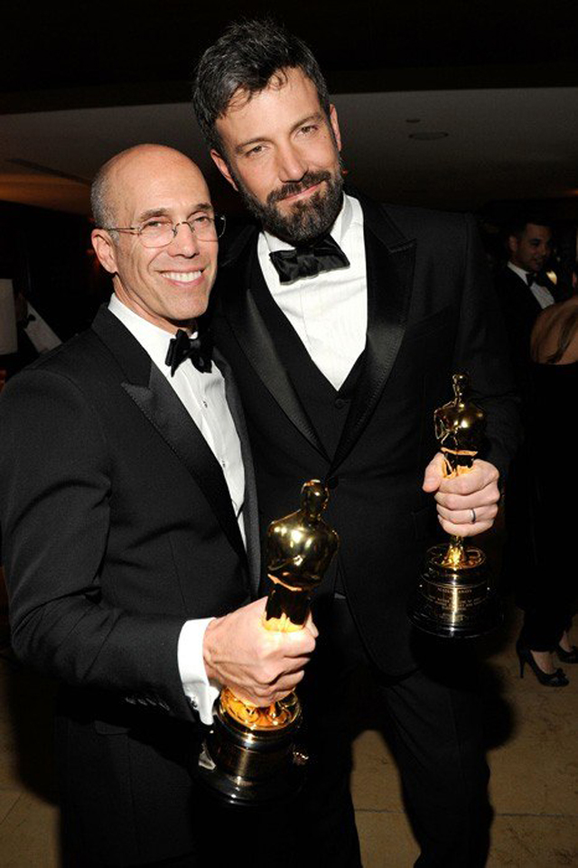 AfterPartyVanityFair Jeffrey Katzenberg y Ben Affleck copy