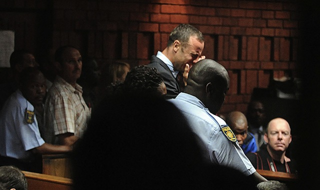 Oscar Pistorius breaks down during his court appearance in Pretoria