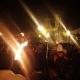 Maestros se manifiestan con antorchas en Chilpancingo