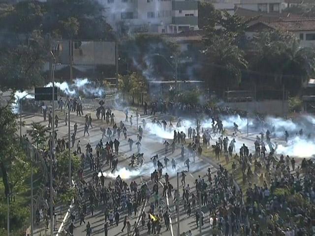 Brasil-vs-Uruguay-Protestas-2
