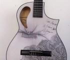 Ella es la ganadora de la guitarra de Madame Récamier