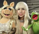 Lady Gaga, Elton John y Joseph Gordon-Levitt celebraron Thanksgiving Day con los Muppets