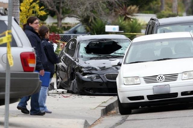 El auto de Elliot después del tiroteo en Isla Vista, California