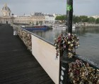 El amor tira puentes en París (literal)