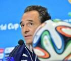 Cesare Prandelli dejó de ser DT de Italia, Carlos Vela seguirá en la Real Sociedad y más