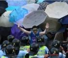 Estas son las cosas que solo pasan en una protesta en Hong Kong