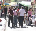 Revela el Inegi que en México hay más ambulantes que maestros
