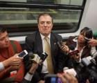 Con Ebrard GDF firmó contrato para mantenimiento del Metro... dolar se fijó en 16 pesos