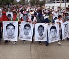Acapulco pide justicia para los normalistas de #Ayotzinapa
