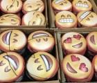 Emojis de whastapp hechos máscaras
