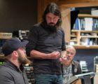 Los Foo Fighters interpretan temas de Black Sabbath, Heart, The Rolling Stones y más
