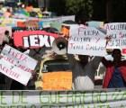 Marchan en Guerrero por caso Iguala, piden renuncia de Aguirre