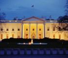 Video: Hombre es detenido tras saltar el cerco de la Casa Blanca