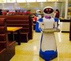 Llegan los meseros robots a China