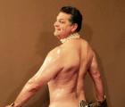 WTF?!?! Exjugador de la NFL recrea la comentada foto de Kim Kardashian