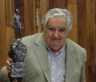 """""""Gracias México, por ti y tu solidaridad"""": Mujica en la U de G"""