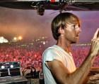 DJ se pone loco y en pleno show le tira una bocina a una espectadora