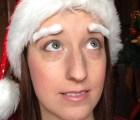 Mira las cejas navideñas de estas chicas con cáncer de mama