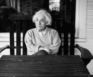 einstein-princeton-papers-01_86633_990x742