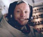 Encuentran el tesoro que Neil Armstrong trajo de la Luna