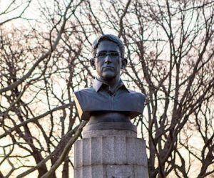 Edward_Snowden-Wikileaks-Nueva_York_Parque-Busto_Snowden-NSA_MILIMA20150406_0202_8