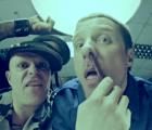 """Acosando al godínez en """"Ibiza"""", el nuevo video de The Prodigy"""