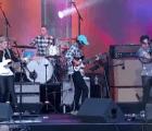Ve a Modest Mouse tocando en vivo dos de sus nuevas canciones
