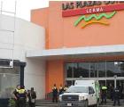 Se registra balacera en Outlet Lerma, hay 3 muertos