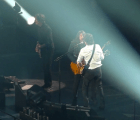 "Mira a Paul McCartney y a Dave Grohl tocar en vivo ""I Saw Her Standing There"""
