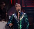 """Ve el regreso de Morrissey a la televisión norteamericana con """"Kiss Me A Lot"""""""