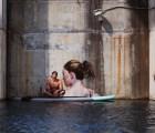 Los increíbles murales de Sean Yoro en el agua