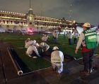 Y en la imagen del día... El Zócalo como estadio de béisbol