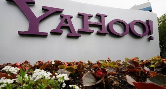 Earns Yahoo