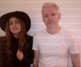 Lady Gaga y Assange