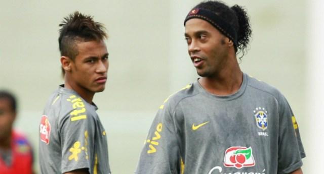 neymar_y_dinho_jugarian_juntos