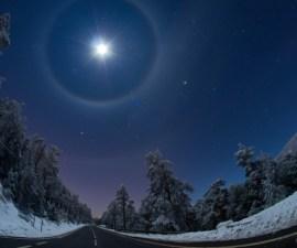 Luna con cuatro halos en España