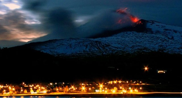Volcan-Copahue-Chile