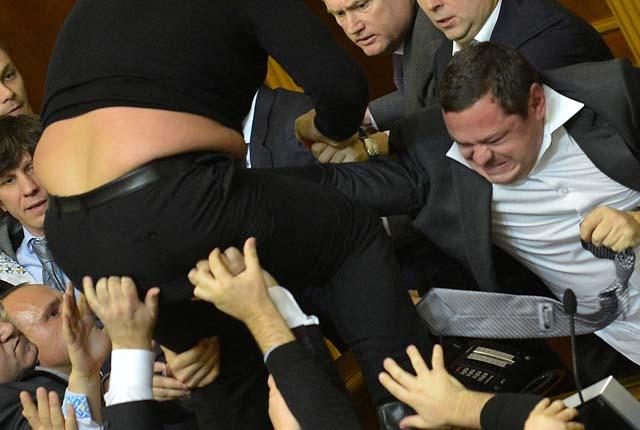 cates_parlamento_ucraniano_4