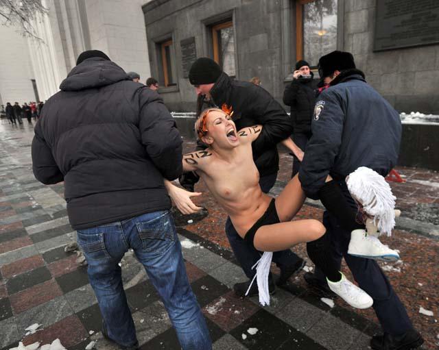 muchachas_parlamento_ucraniano_2
