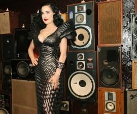 Dita Von Teese vestido 3D