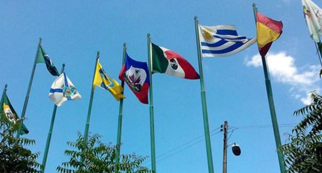 confunden bandera tahiti