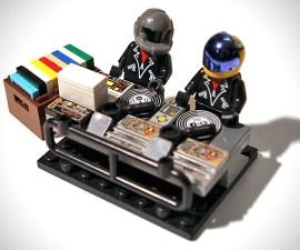 LEGO-Daft-Punk-Minifigures