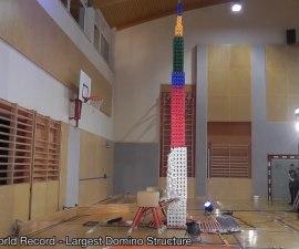 domino-tower
