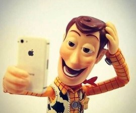 5-Selfie-de-Woody-es-famoso-en-las-redes-sociales