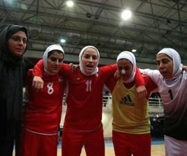 iran seleccion femenina hombres