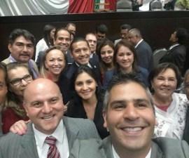 diputadospri_selfie