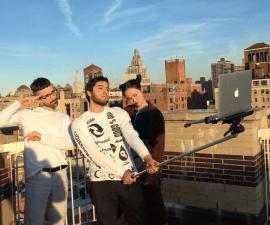 macbook-selfie-stick