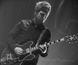 60310028. México, 10 Mar. 2016 (Notimex-OCESA).- El músico británico Noel Gallagher, ex integrante y fundador de la banda Oasis, saldó la deuda con el público capitalino que disfrutó de un concierto de hora y media en el Teatro Metropólitan, tras haber cancelado en mayo del año pasado por cuestiones de salud. NOTIMEX/FOTO/OCESA/COR/ACE/