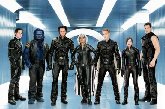 Si bien, los trajes originales de los X,Men no eran nada del otro mundo, desde que Jim Lee tomó el control artístico de esta serie, fue cuando el look más