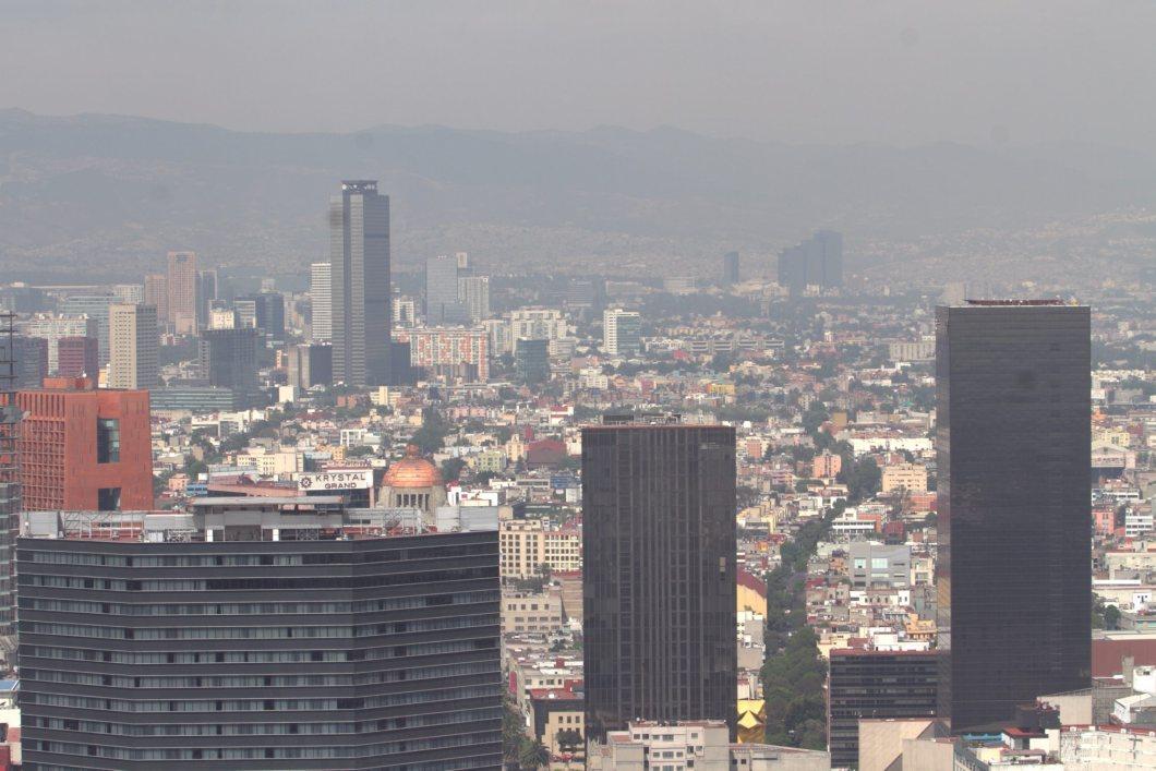 60317123. México, 17 Mar 2016 (Notimex-Nicolás Tavira).- Debido a que no existen las condiciones atmosféricas adecuadas, la Fase 1 de Contingencia por Ozono en la Zona Metropolitana del Valle de México se mantiene, informó la Comisión Ambiental de la Megalópolis (Came). NOTIMEX/FOTO/NICOLÁS TAVIRA/NTA/WEA/EXTREMO/NALES/OZONO16/